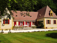 French property, houses and homes for sale inMeyralsDordogne Aquitaine