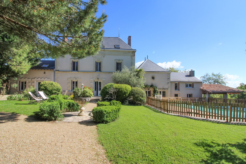 Maison à vendre à Saint-Martin-de-Sanzay(79290) - Deux-Sèvres
