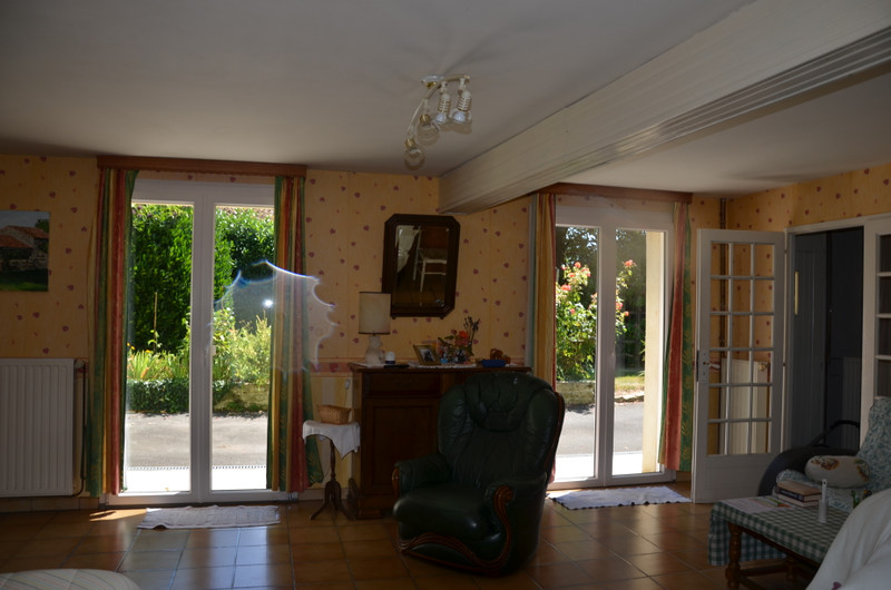 French property for sale in Fomperron, Deux Sevres - €152,600 - photo 4