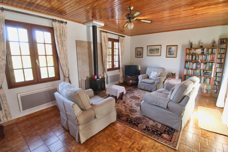 French property for sale in Milhac-de-Nontron, Dordogne - €165,000 - photo 3