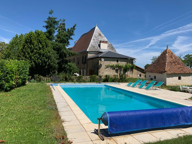 French property for sale in Pressac, Vienne - €498,200 - photo 2
