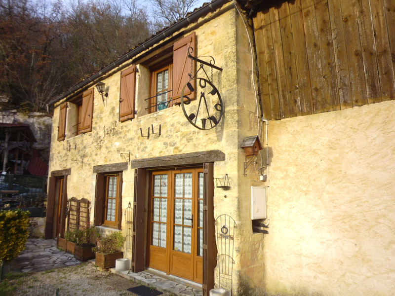 French property for sale in Bayac, Dordogne - €267,500 - photo 5
