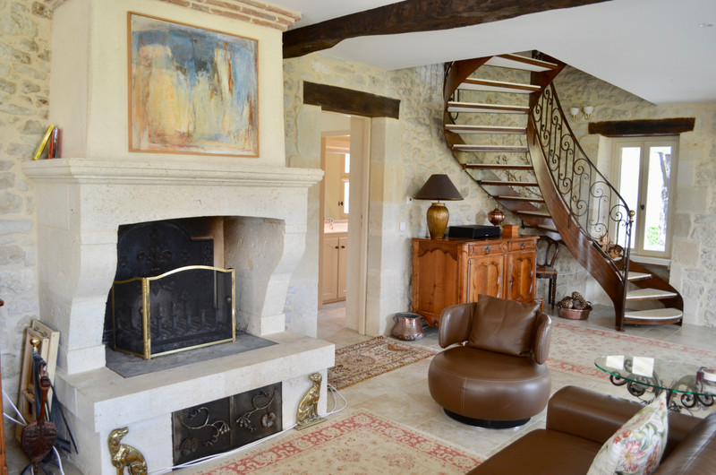 French property for sale in Landerrouat, Gironde - €330,000 - photo 6