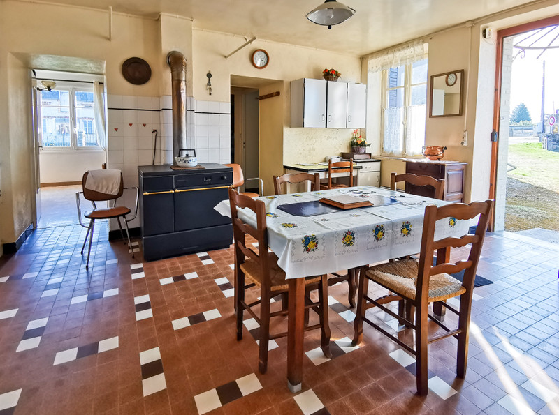 French property for sale in Châtillon-en-Bazois, Nievre - €189,000 - photo 4
