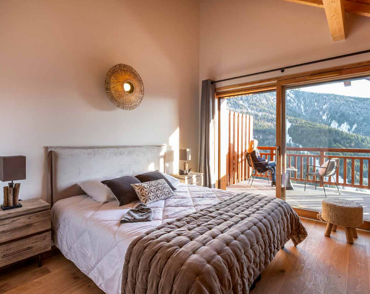 French property for sale in Vaujany, Isere - €667,714 - photo 3
