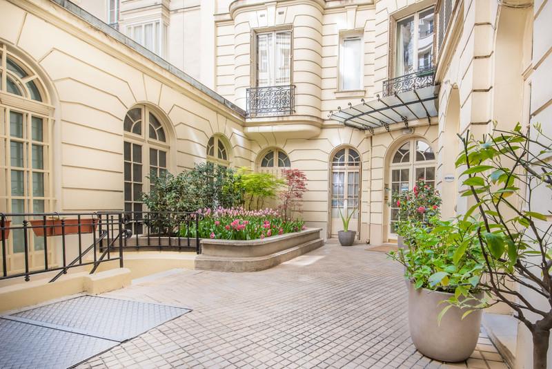 Appartement à vendre à Paris 8e Arrondissement, Paris - 1 598 000 € - photo 10