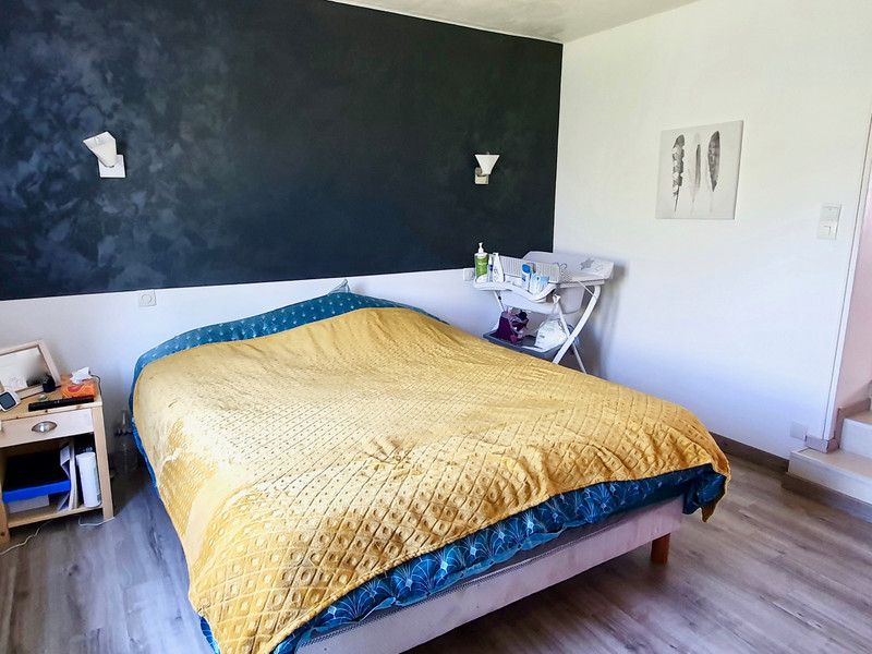 French property for sale in La Roche-Bernard, Morbihan - €250,000 - photo 6