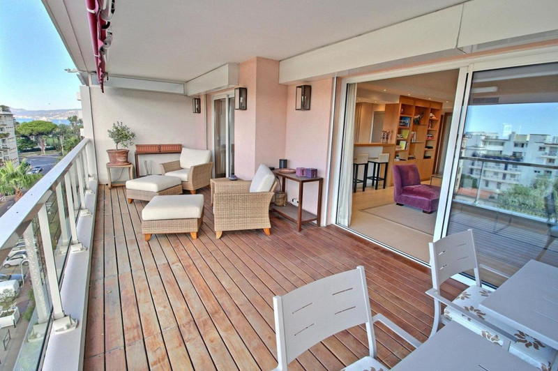 French property for sale in Cannes, Alpes-Maritimes - €2,500,000 - photo 5