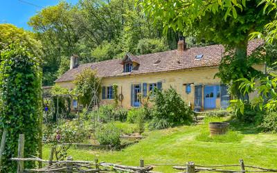 housein Saint-Léon-sur-Vézère
