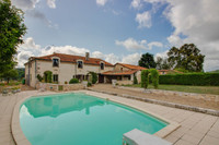 French property, houses and homes for sale inQuinsacDordogne Aquitaine