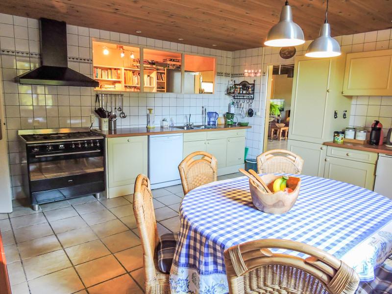 French property for sale in Saint-Léon-sur-Vézère, Dordogne - €449,000 - photo 4
