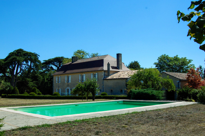 French property for sale in Bergerac, Dordogne - €1,300,005 - photo 3