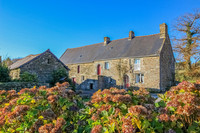 property to renovate for sale in Bon Repos sur BlavetCotes_d_Armor Brittany