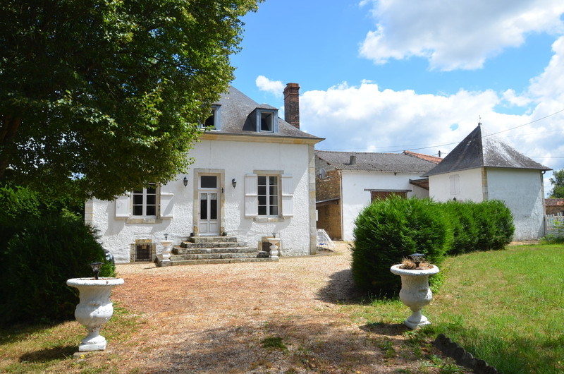 French property for sale in Bussière-Poitevine, Haute-Vienne - €239,000 - photo 2