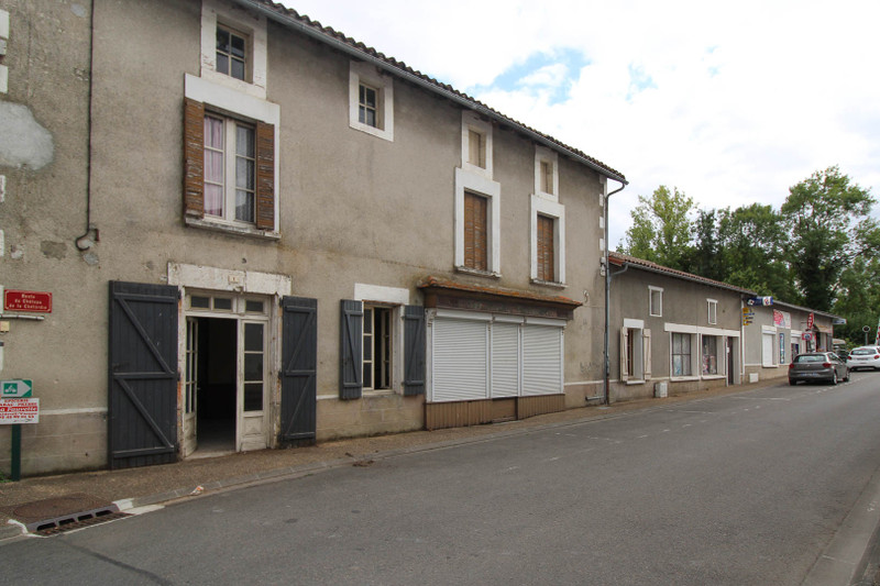 French property for sale in Exideuil-sur-Vienne, Charente - €310,300 - photo 2