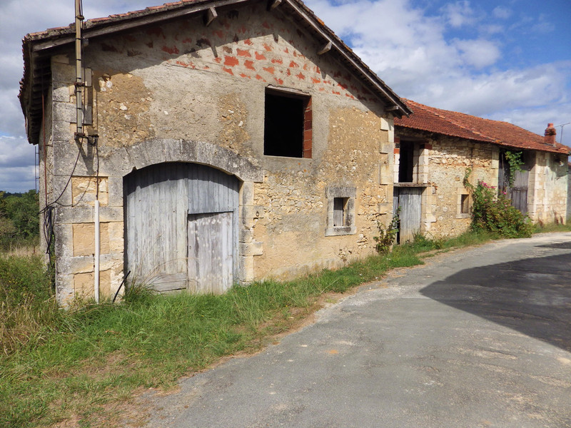 French property for sale in Condat-sur-Trincou, Dordogne - €41,000 - photo 2