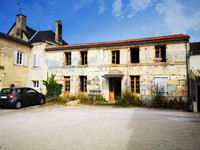 property to renovate for sale in Cherves-RichemontCharente Poitou_Charentes