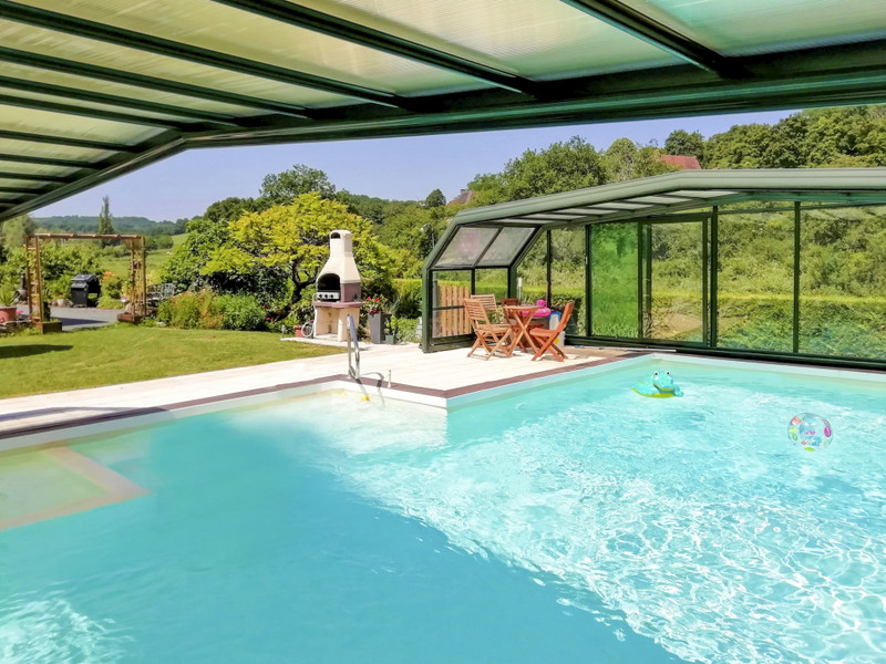 French property for sale in Meyrals, Dordogne - €299,600 - photo 2