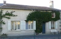houses and homes for sale inSaint-Bonnet-de-BellacHaute-Vienne Limousin