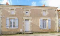 houses and homes for sale inPlaine-et-ValléesDeux-Sèvres Poitou_Charentes