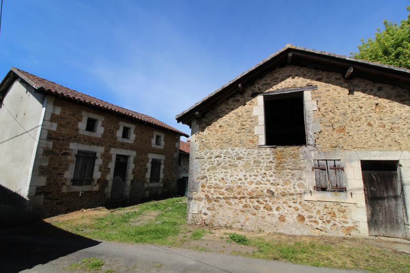 French property for sale in Pressignac, Charente - €41,000 - photo 4