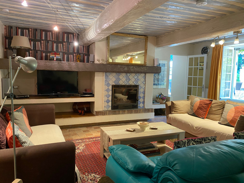French property for sale in Avignon, Vaucluse - €1,200,000 - photo 6
