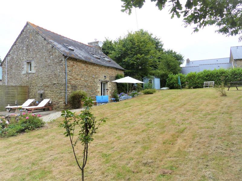 French property for sale in Saint-Gilles-du-Mené, Cotes d Armor - €122,898 - photo 3