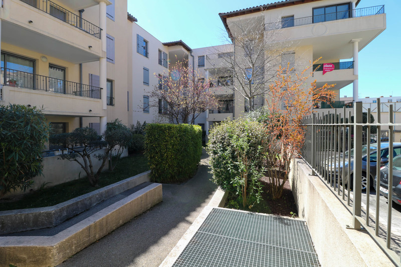 French property for sale in Uzès, Gard - €191,000 - photo 9