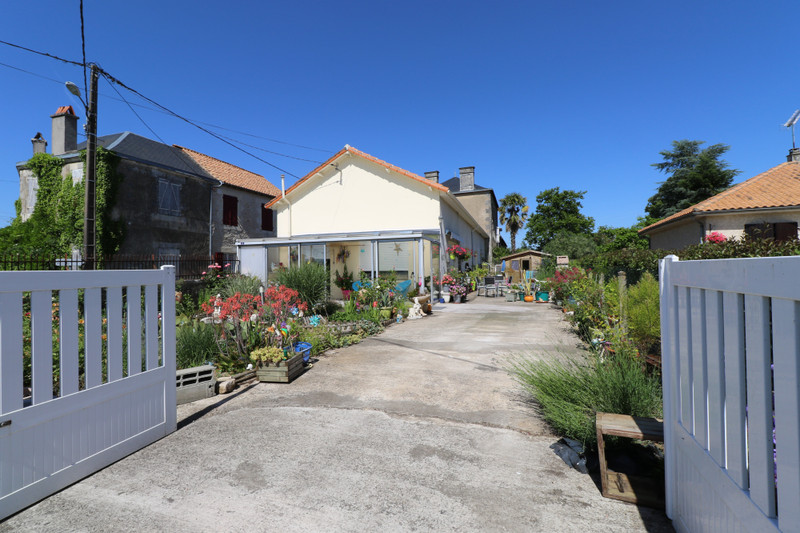 French property for sale in Saint-Saviol, Vienne - €130,800 - photo 10