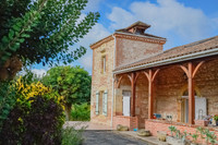 houses and homes for sale inSainte-Livrade-sur-LotLot-et-Garonne Aquitaine