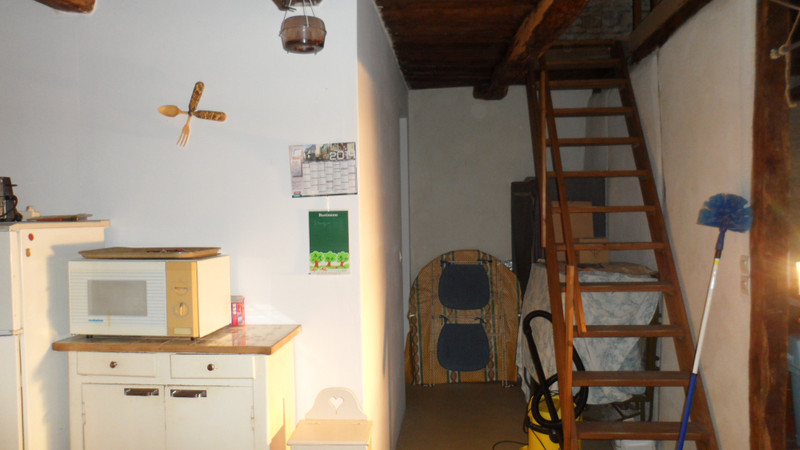 French property for sale in Blanzay, Vienne - €50,000 - photo 7