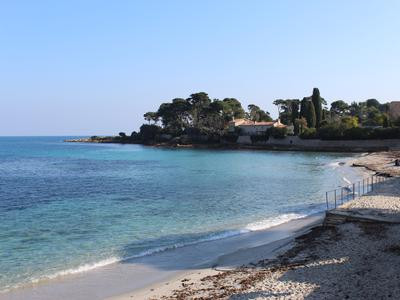 French property for sale in Antibes, Alpes Maritimes - €265,000 - photo 9