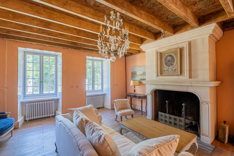 French property for sale in Germond-Rouvre, Deux-Sèvres - €901,000 - photo 7