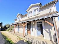 maison à vendre à Saint-Yrieix-la-Perche, Haute-Vienne, Limousin, avec Leggett Immobilier