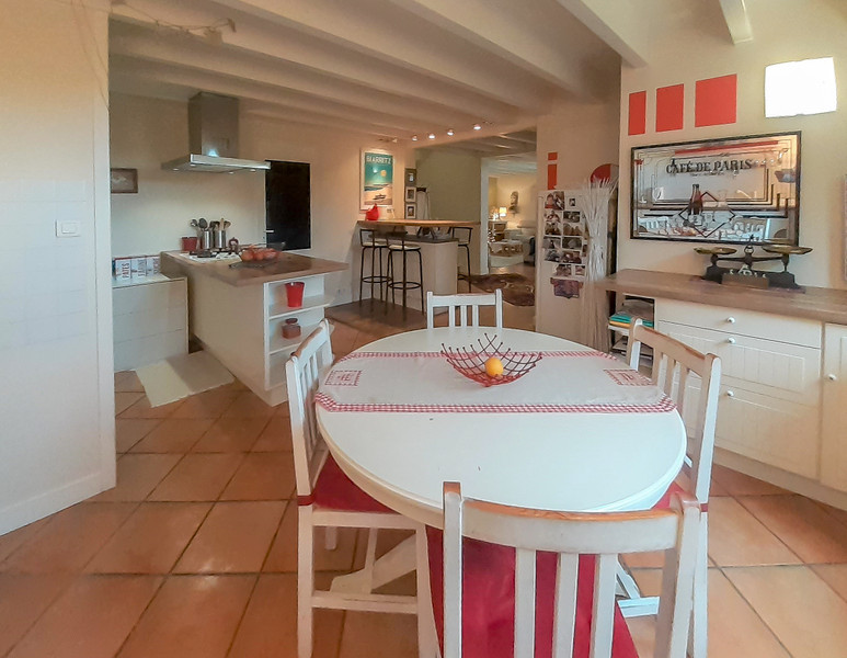 French property for sale in Pessac, Gironde - €700,000 - photo 6