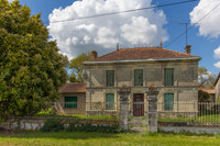 French property, houses and homes for sale inMontendreCharente-Maritime Poitou_Charentes