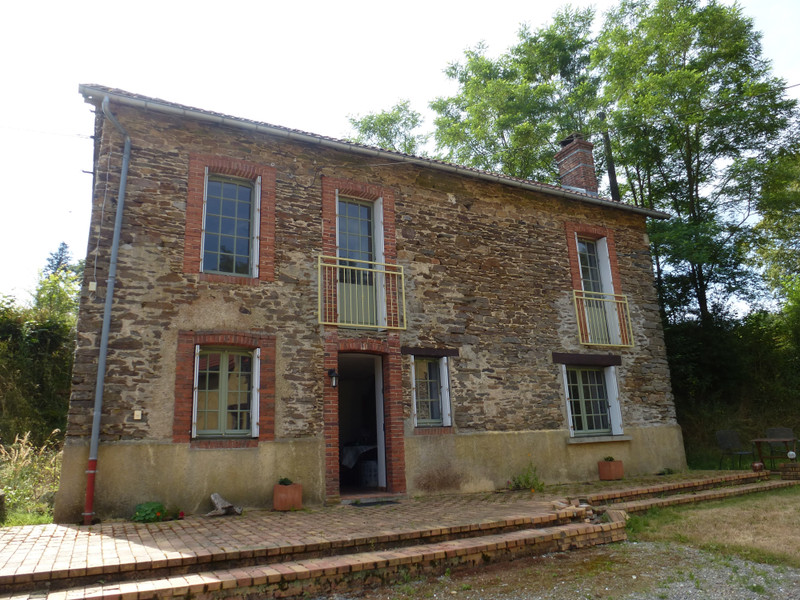 French property for sale in Saint-Sébastien, Creuse - €318,000 - photo 3