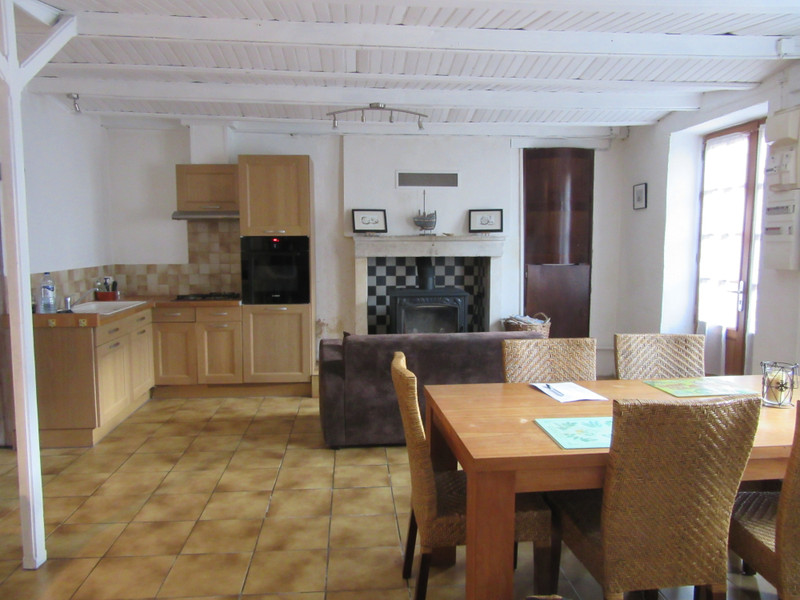 French property for sale in Usson-du-Poitou, Vienne - €114,450 - photo 2