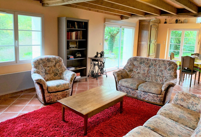 French property for sale in Angles-sur-l'Anglin, Vienne - €205,200 - photo 6