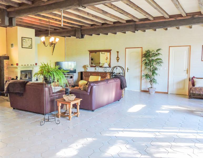 French property for sale in Saint-Léon-sur-Vézère, Dordogne - €449,000 - photo 3