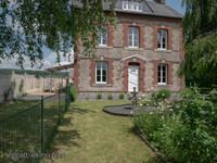 Charmante maison en pierre de 6 chambres située dans le village de Montchamp au coeur du bocage normand offran
