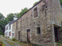 French property, houses and homes for sale in Saint-Sauveur Finistère Brittany