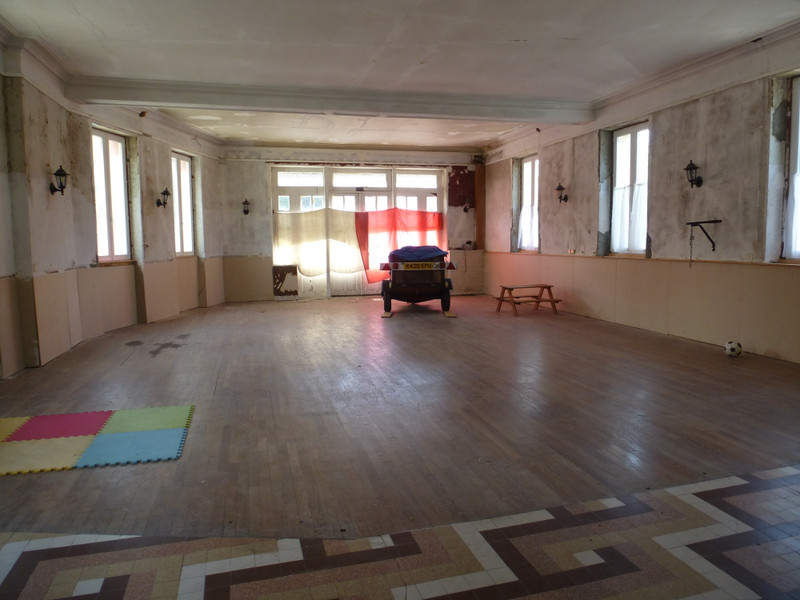 French property for sale in Dun-le-Palestel, Creuse - €88,000 - photo 4