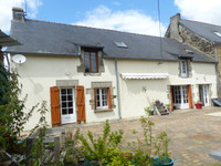 French property, houses and homes for sale in La Croix-Helléan Morbihan Brittany