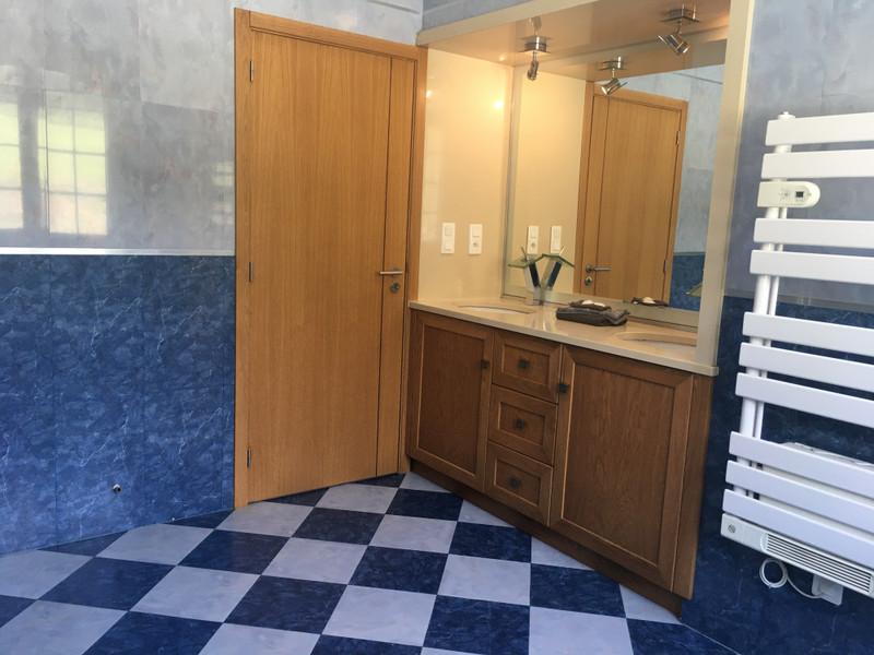 French property for sale in Monbahus, Lot et Garonne - €424,000 - photo 9
