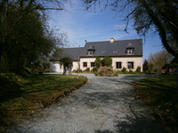 French property, houses and homes for sale inPlourac'hCôtes-d'Armor Brittany
