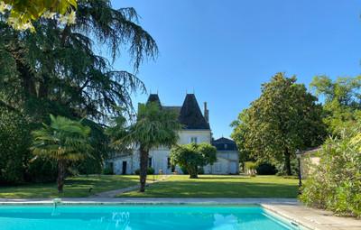 chateauin Sainte-Foy-la-Grande