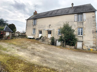 property to renovate for sale in AlexainMayenne Pays_de_la_Loire