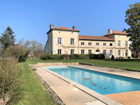 French property, houses and homes for sale inSauzé-VaussaisDeux_Sevres Poitou_Charentes