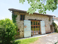 French property, houses and homes for sale inChampagnac-la-RivièreHaute-Vienne Limousin
